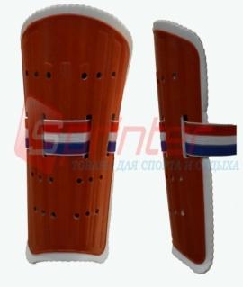 Щитки футбольные для юношей из пластика с широкой резинкой. Красные. 844-3L